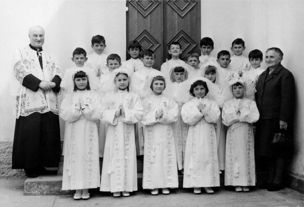 Foto Aurelio Foltran - Prima comunione della classe 1963