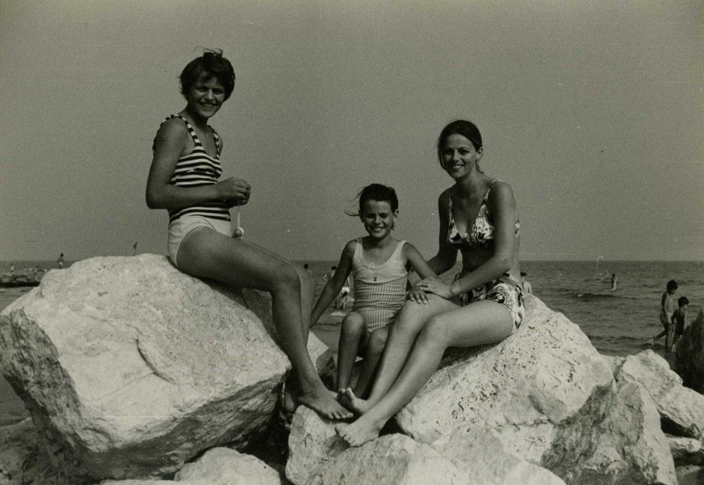 Foto Edda Quaggiotto - Sorelle al mare
