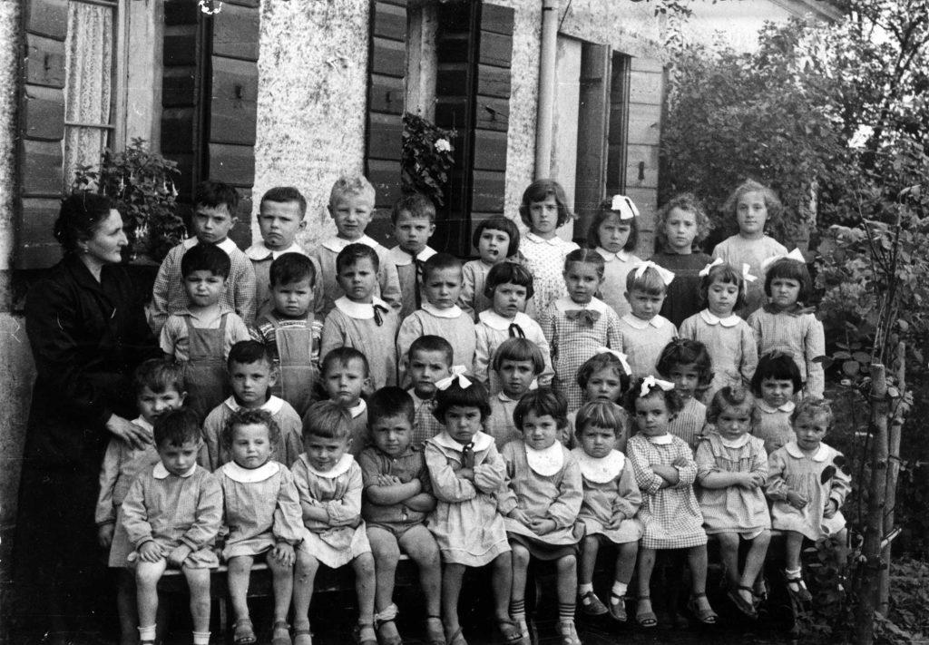 Foto Felice Trinca - Le classi 1952, 1953 e 1954 all'asilo