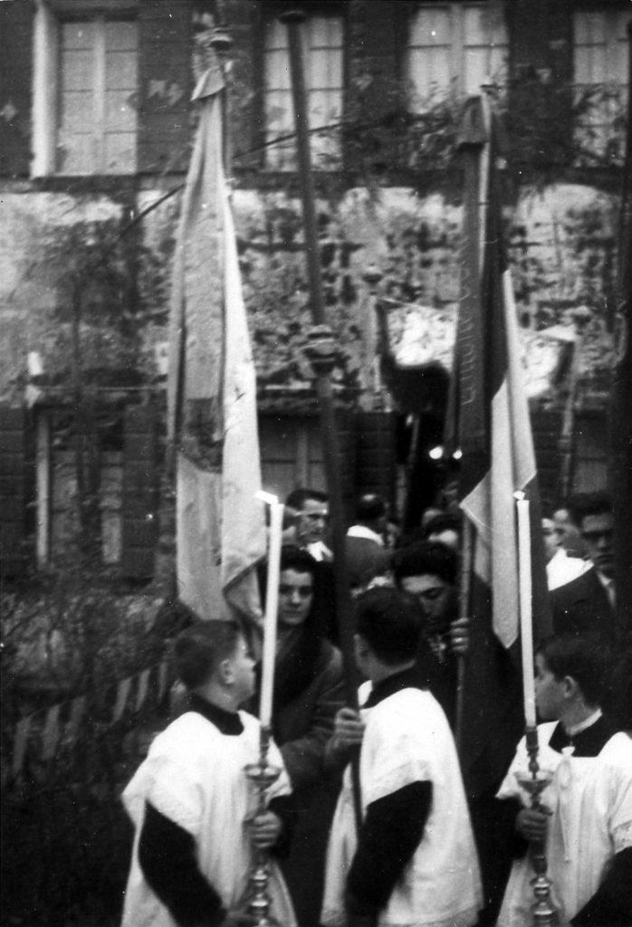 Foto Ida Trinca - Riti religiosi: la processione