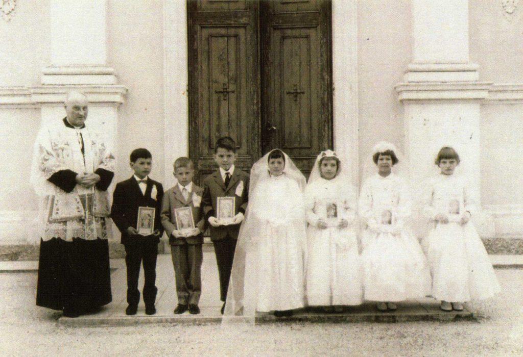 Foto Guido Mardegan - Prima comunione della classe 1958