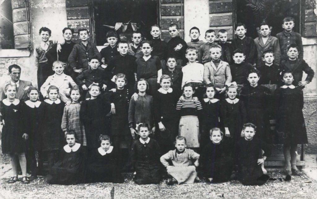 Foto Mazzoccato-Trinca - Le classi 1934, 1935, 1936 e 1937 alle elementari nel 1948