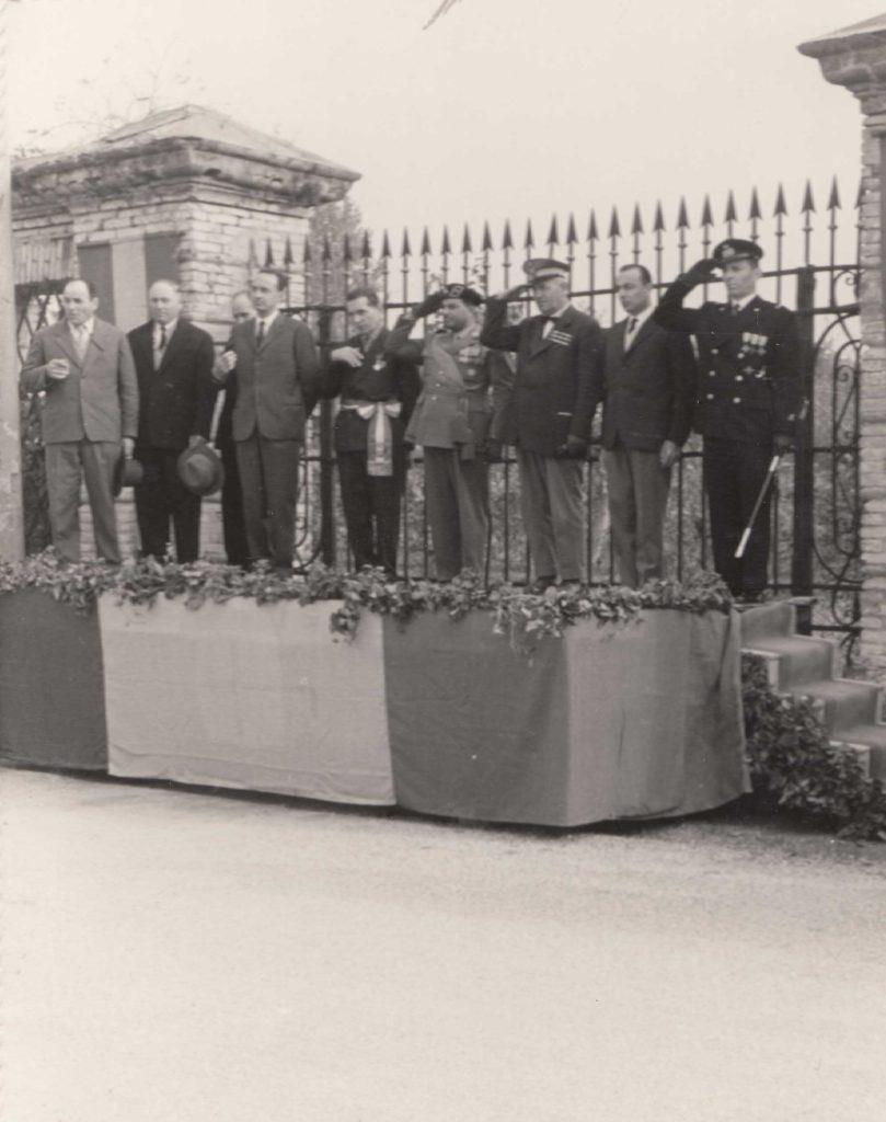 Foto Sorelle Occhial - Inaugurazione Monumento ai Caduti