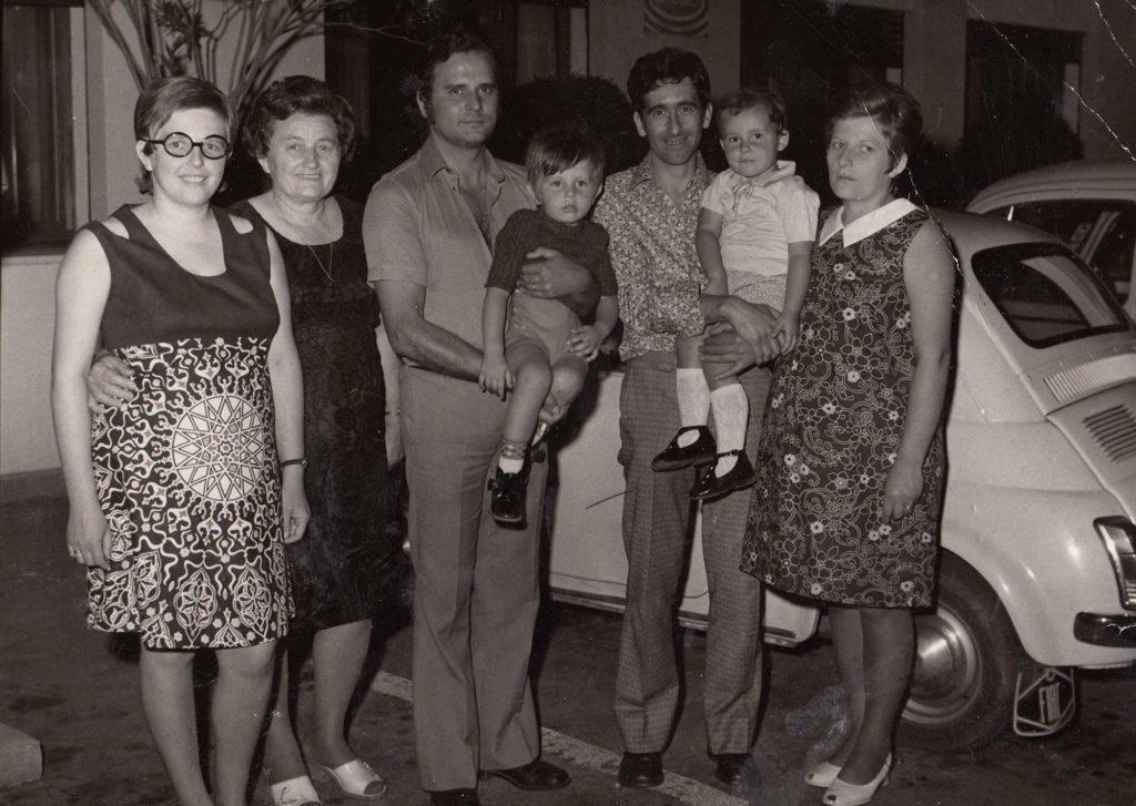 Foto Sorelle Occhial - Anni '70: foto di famiglia
