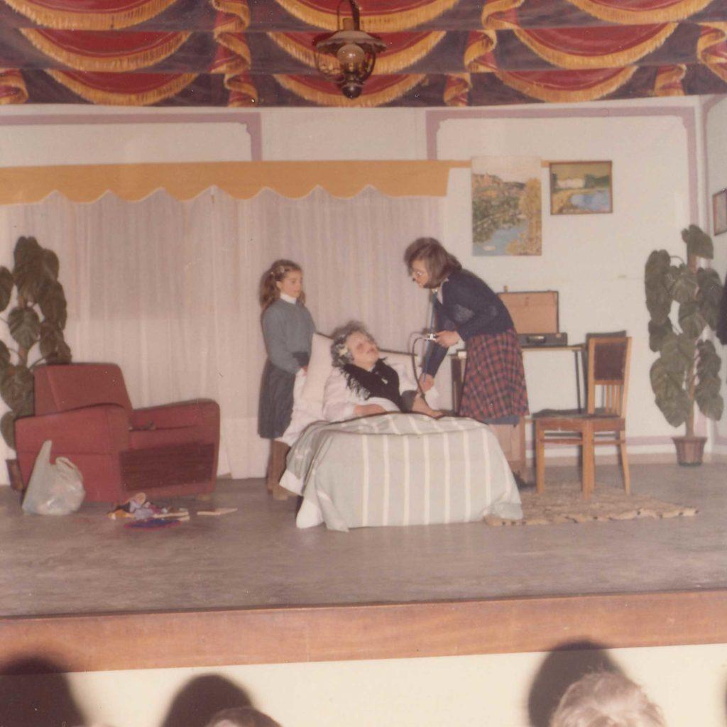 Foto Sorelle Occhial - Rappresentazione teatrale a Barcon