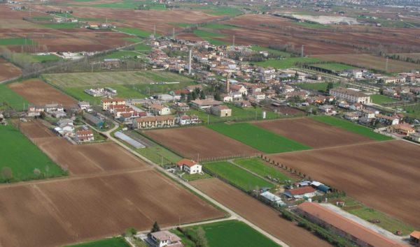 Foto Maurizio Soligo - 2 aprile 2010: foto aerea da sud-ovest
