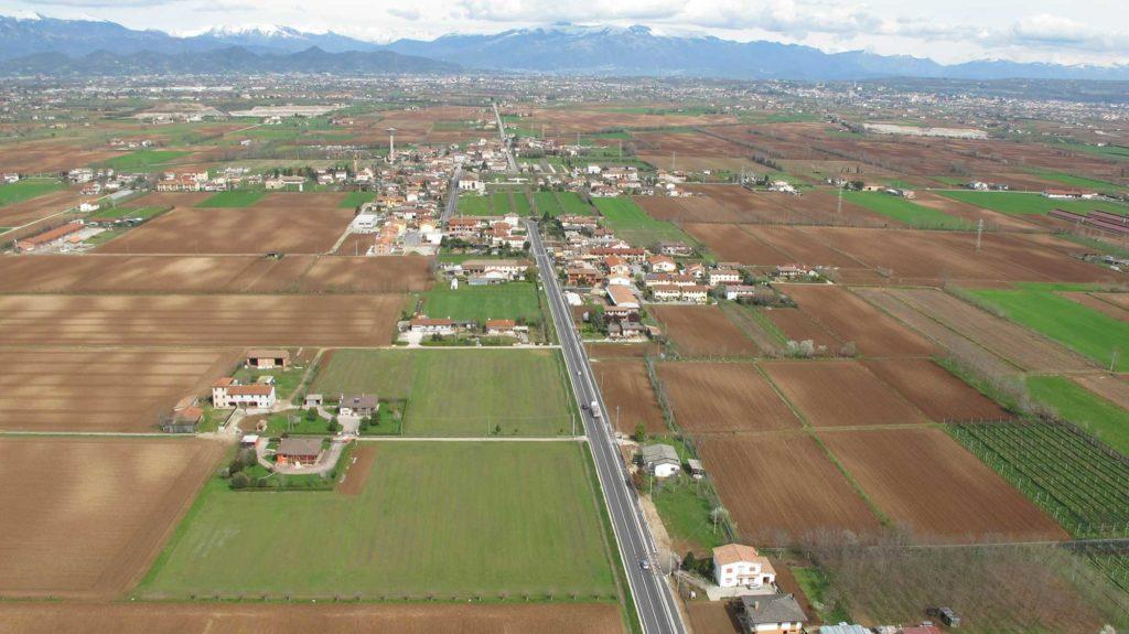 Foto Maurizio Soligo - 2 aprile 2010: foto aerea da sud