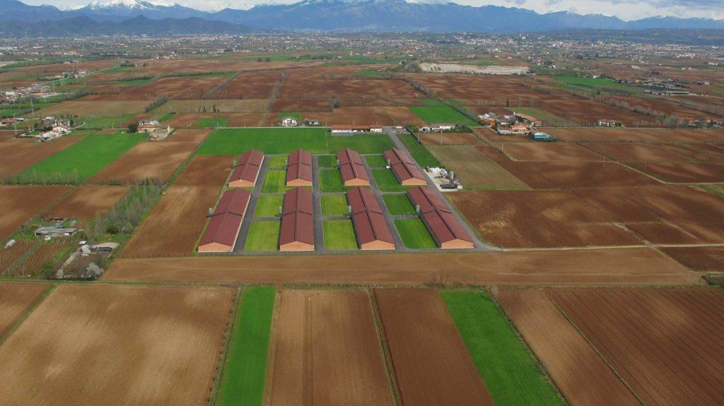 Foto Maurizio Soligo - 2 aprile 2010: foto aerea degli allevamenti Colomberotto