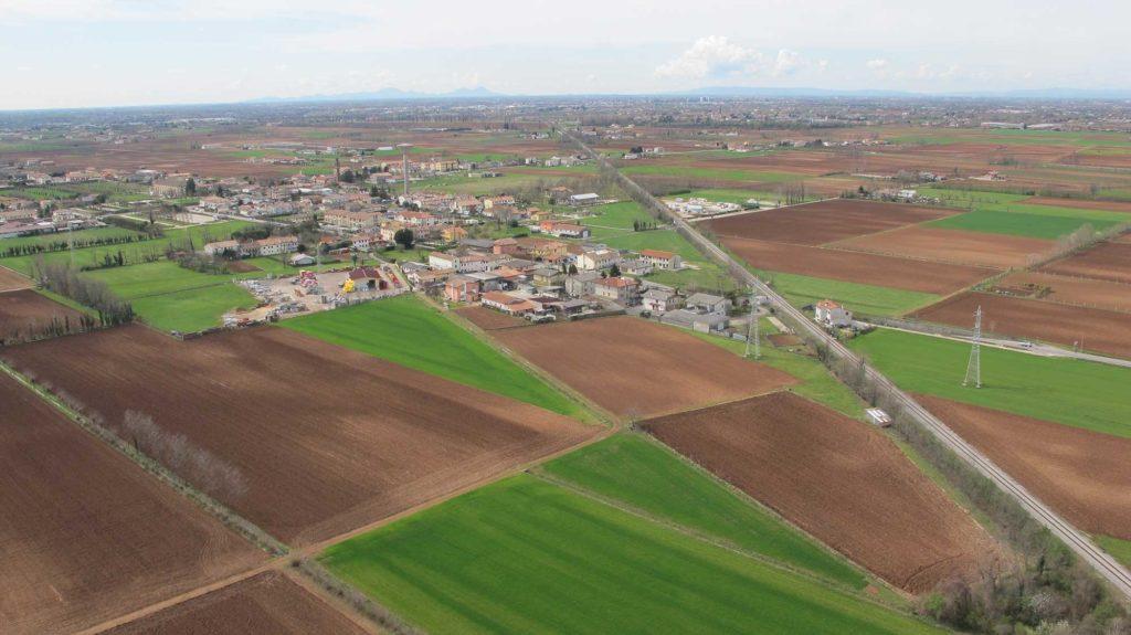 Foto Maurizio Soligo - 2 aprile 2010: foto aerea da nord-est